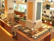 ホテルマハイナウェルネスリゾートオキナワ 和、洋、中、沖縄料理があるバイキングレストラン