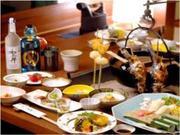 丸駒温泉旅館 食事処「唐花草」姫鱒の串焼きや鍋料理