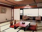 季粋の宿 紋屋 広々とした客室